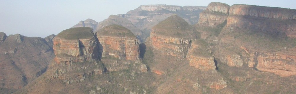 Drakensberge - Blyde River Canyon - Three Rondavels