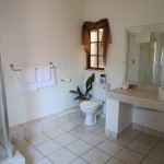 Touraco Gästehaus - Zimmer 7 - Badezimmer